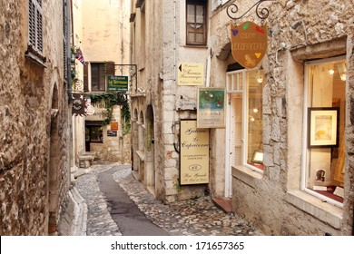 St. PAUL DE VENCE, FRANCE - AUGUST 27: St Paul De Vence is a beautiful medieval fortified village perched on a narrow spur between two deep valleys. August 27 2013 in ST Paul De Vence, France.