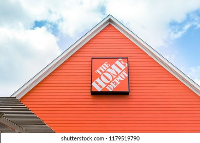 ST. PAUL, MN/USA - AUGUST 29, 2018: The Home Depot exterior. Home Depot is an American retailer of home improvement and construction products, supplies and services.