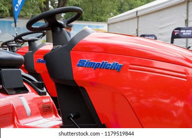 ST. PAUL, MN/USA - AUGUST 29,2018: Simplicity riding lawn mower trademark and logo. Simplicity Manufacturing Company builds lawn and garden equipment under various brands.