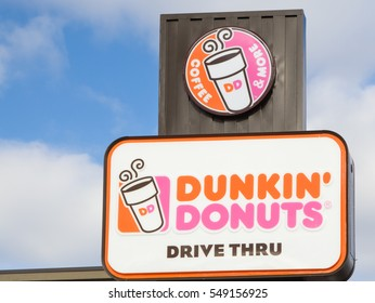 ST. PAUL, MN/USA - JANUARY 1, 2017: Dunkin' Donuts restauraunt exterior. Dunkin' Donuts is a doughnut company and coffeehouse chain.