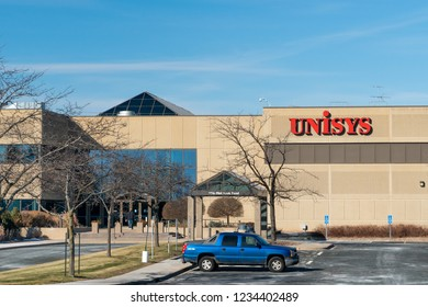 ST. PAUL, MN/USA - NOVEMBER 18, 2018: Unisys corporate campus and trademark logo. Unisys Corporation is an American global information technology company.