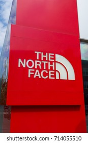 ST PAUL, MN/USA - SEPTEMBER 10, 2017: The North Face retail store exterior and logo. The North Face, Inc. is an American outdoor product company.