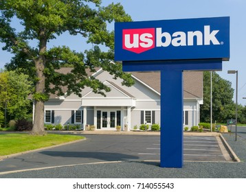 ST PAUL, MN/USA - SEPTEMBER 10, 2017: US Bank exterior and logo. U.S. Bank is ranked 7th on the list of largest banks in the United States.