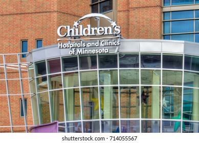 ST PAUL, MN/USA - SEPTEMBER 10, 2017: Children's Hospitals and Clinics of Minnesota exterior and logo.