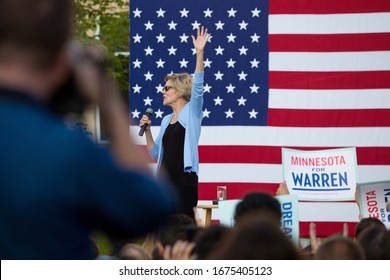 ST PAUL, UNITED STATES - Aug 19, 2019: Elizabeth Warren holds rally at Macalester College promoting her presidential campaign