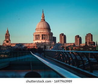 St. Paul's Cathedral in London with a beautiful clear sky