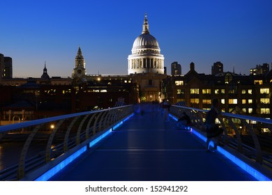 St Paul's Cathedral in London at night