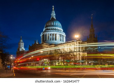 St Paul's cathedral at twilight