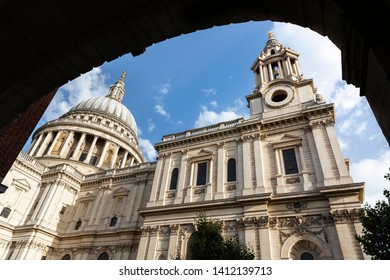 St Paul's Cathedral viewed through the temple Bar archway in the City of London, England, UK.