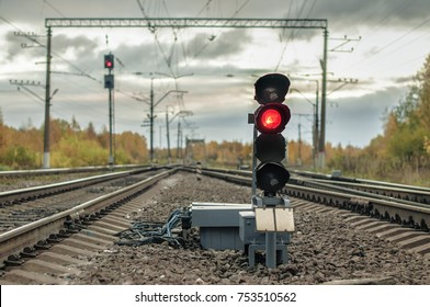 St. Peterburg, Izhory terminal station, autumn 2017, railway traffic light, stop red light, freight and passenger trains station, shunt signal, 	marshal yard, railway background