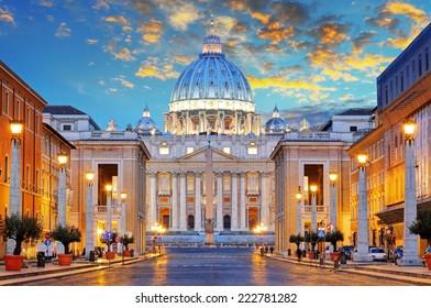 St. Peter's Basilica in Rome by the Via della Conciliazione, Roma