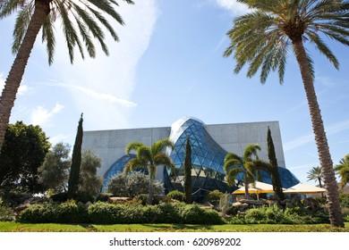 ST. PETERSBURG, FLORIDA - FEBRUARY 17, 2017: The Salvador Dali museum located in St. Petersburg, Florida, USA on February 17, 2017.