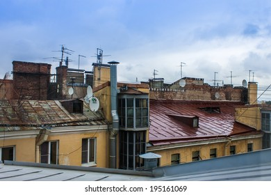 St. Petersburg, Russia , August 26, 2010 . Typical architectural details of old houses. city ??rooftops