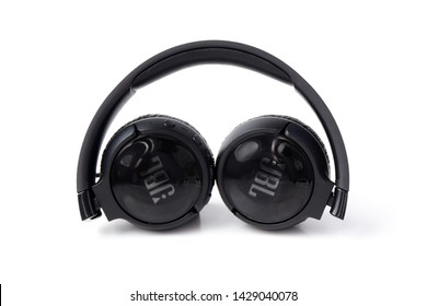 Jbl Headphones Images, Stock Photos & Vectors | Shutterstock