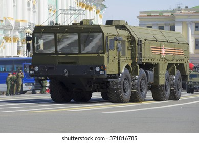 """ST. PETERSBURG, RUSSIA - MAY 05, 2015: Launcher MZKT-7930 missile complex """"Iskander"""" on Palace square. Rehearsal of parade in honor of Victory Day"""