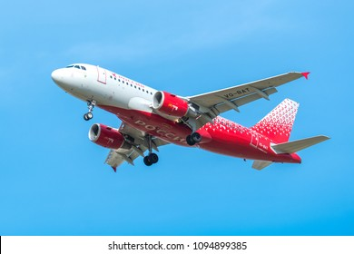ST. PETERSBURG, RUSSIA - MAY 08, 2018: Airbus A319-100  of Rossiya - Russian Airlines. Board number VQ-BAT.  Before landing in the Pulkovo Airport
