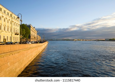 ST. PETERSBURG, RUSSIA - MAY 29, 2017: Cloudy May evening on the Palace Embankment