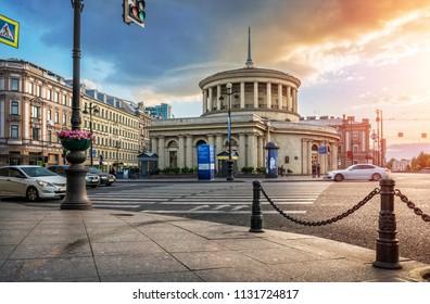 St. Petersburg/Russia - 06/03/2018. Round building of metro Ploshchad Vosstaniya in St. Petersburg on a summer sunny morning. Caption: metro Ploshchad Vosstaniya; public transport stop.