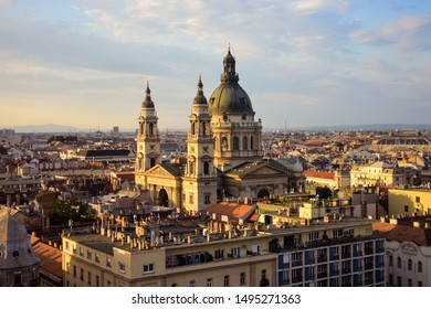St. Stephen's Basilica in Budapest during sunset
