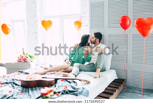 Single Moms dating UK