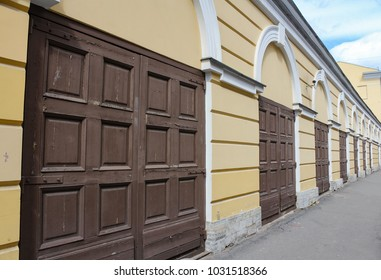 Stables of the Horse Guards Regiment. Streets and courtyards of the central historical part of St. Petersburg.