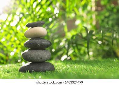 Images Photos Et Images Vectorielles De Stock De Zen
