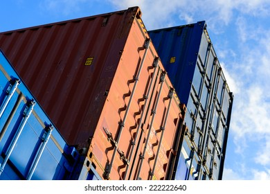 Stacked cargo container