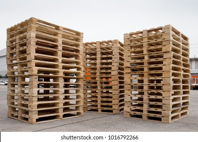 Stacks of Wooden pallets for industrial transportation by truck