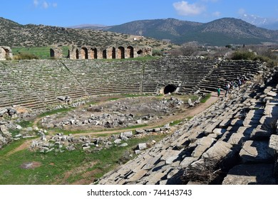 Stadium antique in Aphrodisias. Located in the north end of the city, the Stadium is probably the best preserved and biggest of its type in Mediterranean.