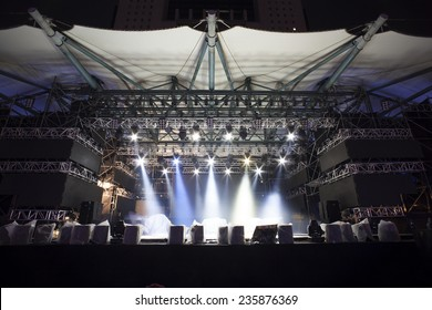 Stage Lights, light show testing before the Concert