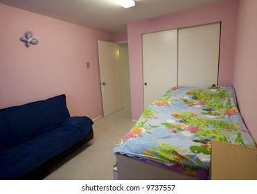 Staged child's bedroom in a condominium for sale