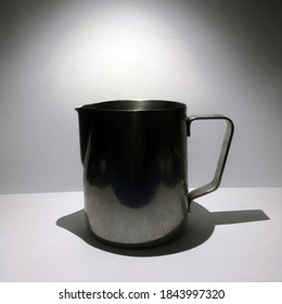 stainless milk jug for make cappuccino or caffelatte