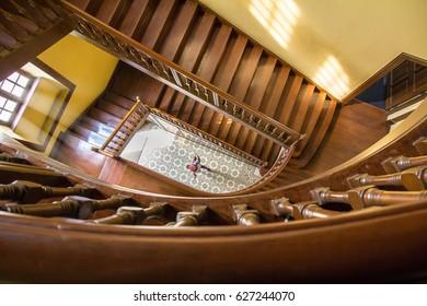 stair circle