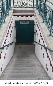 stairs down to men restroom in vienna