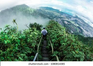 Stairway to Heaven (Haiku Stairs) Oahu, Hawaii
