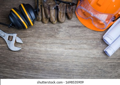 Standard construction safety,safety first concepts,Construction site safety.