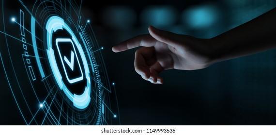 Standard Qualitätskontrolle Zertifizierung Garantie Internet Business Technology Konzept.