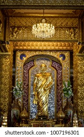 Standing Buddha of Phra Maha Chedi Chai Mongkol, Roi Et, Thailand.