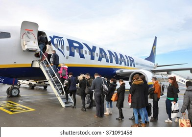 STANSTED, THE UNITED KINGDOM, 26.01.2016 - Passengers boarding on Ryanair flight.