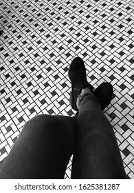 Starbucks Chicago Interior. Sitting by the Black and white tiles at Starbucks.