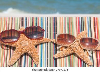 starfish lounging at the beach