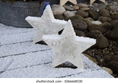 Stars in snow and frost