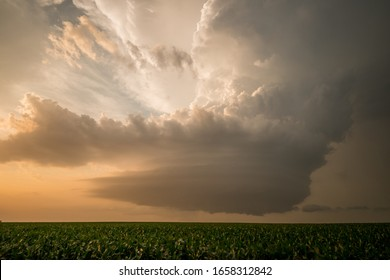 The start of an inflow jet on a supercell.