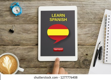 Start now online webinar to learn Spanish on tablet computer