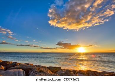Start of the sunset at Kamaole Beach Park in Kihei Maui, Hawaii