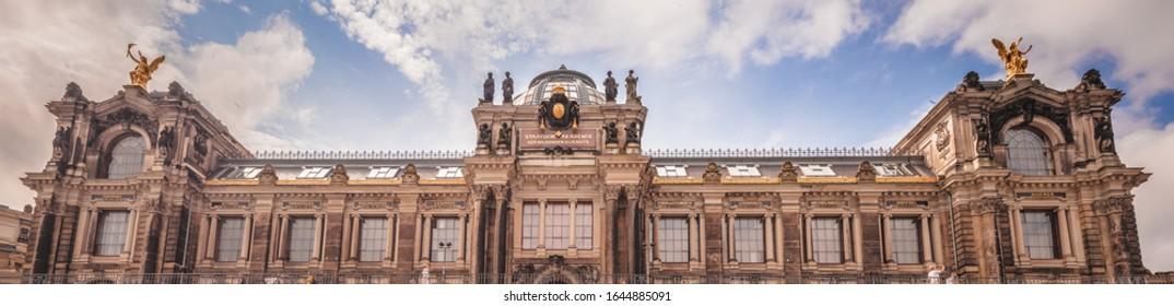 Staatliche Kunstakademie in Dresden.