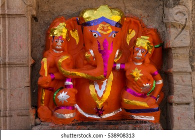 Statu of Ganesh - one of the main gods of Hinduism.  Fortress of Chittor (Chittorgarh) in Rajasthan, India - UNESCO World Heritage Site.