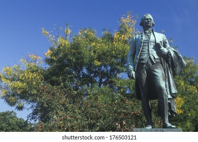 Statue of Alexander Hamilton in Paterson, New Jersey