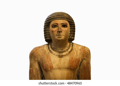 Statue of an ancient Egyptian official in plaster from the 5th dynasty (2500-2350 BC).