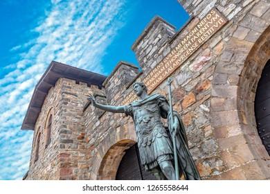 Statue of Antoninus Pius in front of the main gate of the Roman fort Saalburg near Frankfurt, Germany